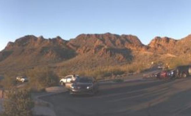 Tucson'da tesettüre iltifat eden teyzeler vardı