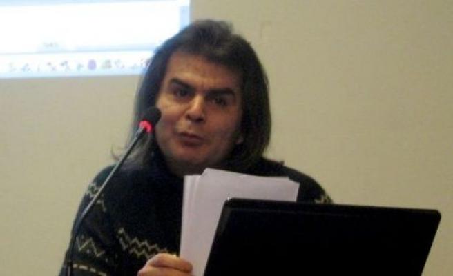 Sosyal bilimlerden beslenen Osmanlıca ustası