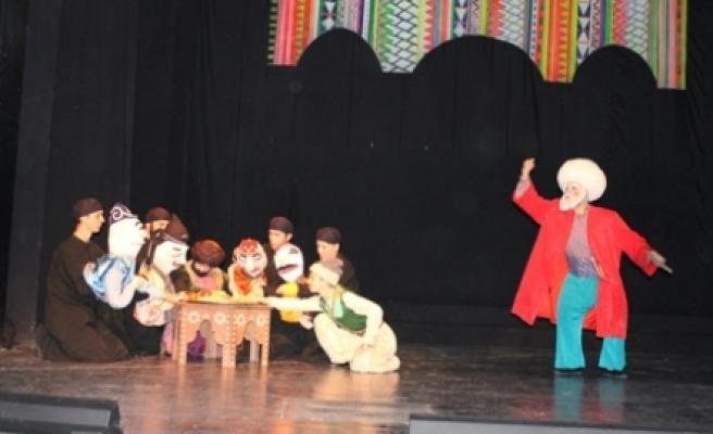 Nasreddin Hoca Konya Devlet Tiyatrosunda