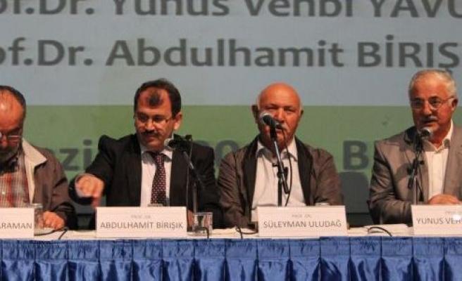 Mehmed Akif o dizeleri neden yazdı?