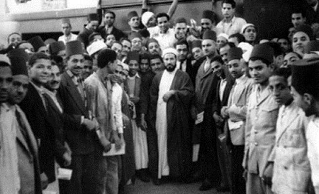 Hasan El-Benna mektebi ne öğretti?