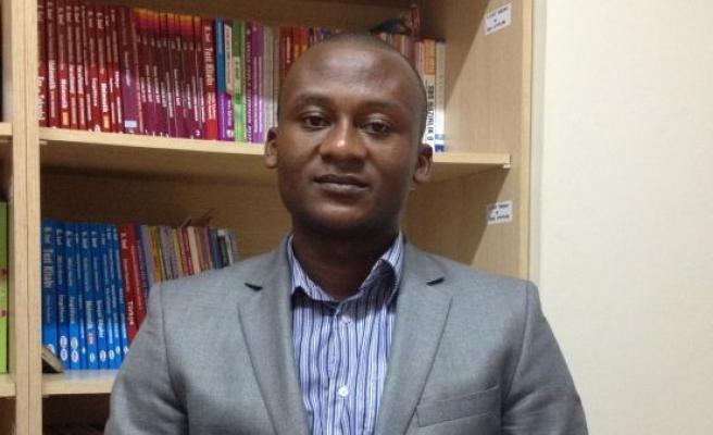 Kamerun'da doktoralı Müslüman bulamamış