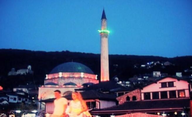 Kosova'da Türkçe Cuma hutbesi (video)