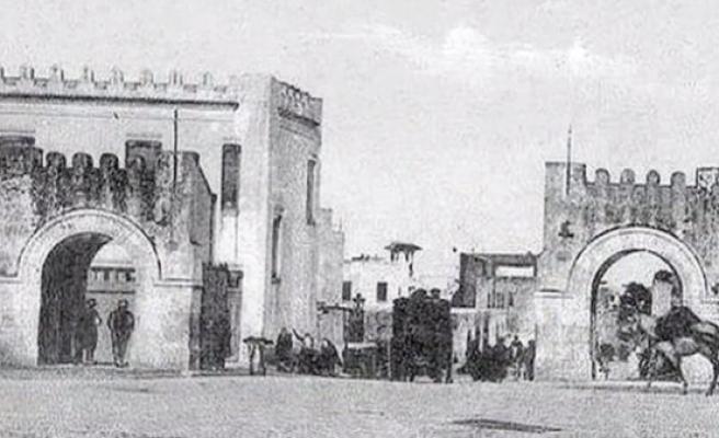 Tunus'un şaheser kapıları fotoğraflarda kaldı