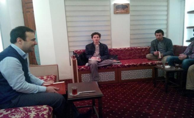 M. Lütfi Arslan 'Batı Düşüncesi'ni anlattı