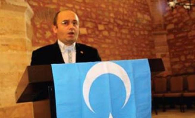 Doğu Türkistan'ı anlatacak