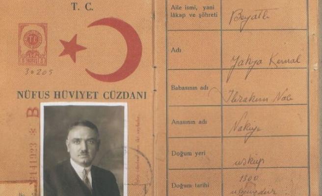 Yahya Kemal'in hayatı ve düşüncesine giriş