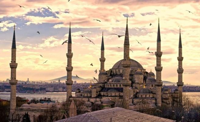 Sultanahmet Camii 398 yaşında (video)