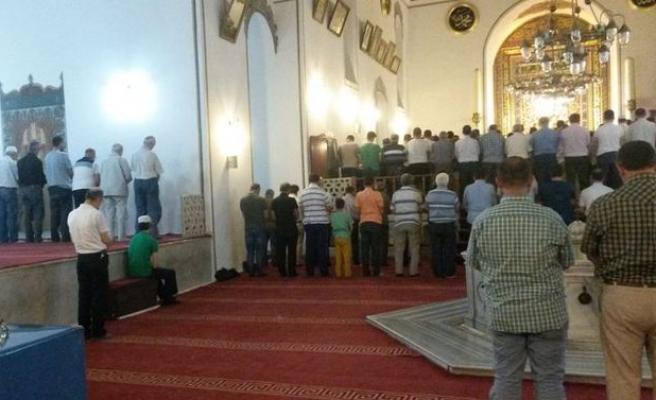 Ramazan ikliminde dolup taşardı o cami