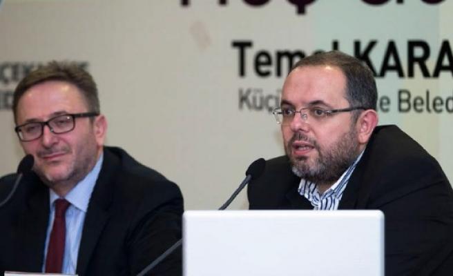 Tarihçilerin gözüyle Mehmet Âkif