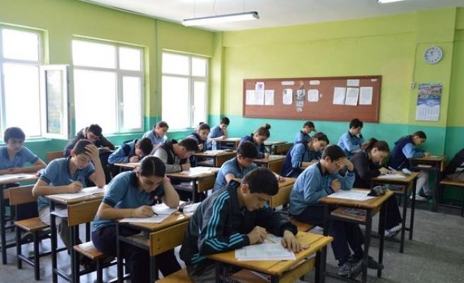 Sınıf duvarları canlansa, okullar hayat bulsa