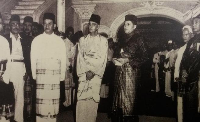 Malezya'da 'sultanlıklar' neye tekabül eder?