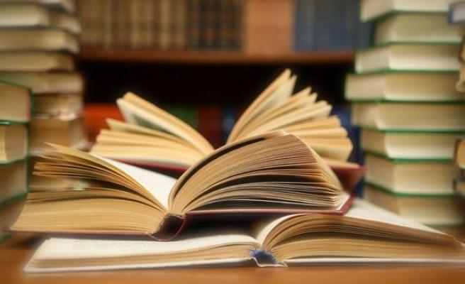 2015'te yayınlanan hatırat ve biyografi kitapları