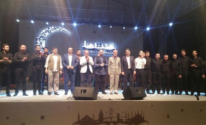 Yenikapı'da Muazzam Bir Marş Gecesi