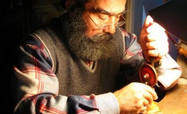 Madalya Heykeltraşlığında Dünyaca Tanınıyor Zeki Kuşoğlu