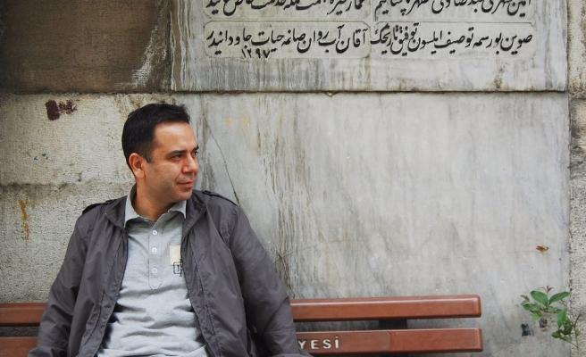 Ahmet Murat'ın Okuruyla Samimi Hasbihali: Belki de Üzülmeliyiz