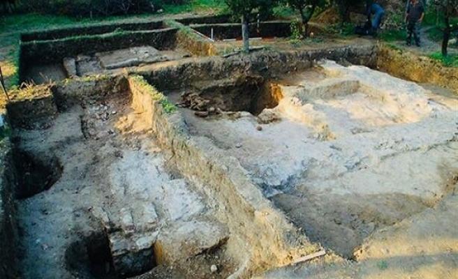 Tarih Araştırmalarında Yeni Bir Metot: Osmanlı Arkeolojisi