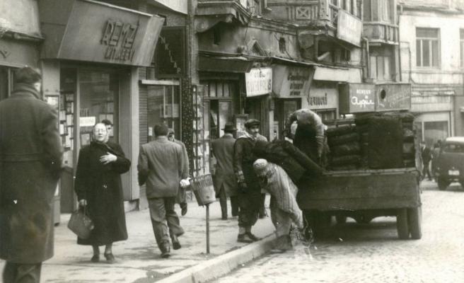 1936 Yılından Yayıncılarla Söyleşiler: Ahmet Halit Yaşaroğlu ile Muallim Ahmet Halit Kütüphanesi Üzerine