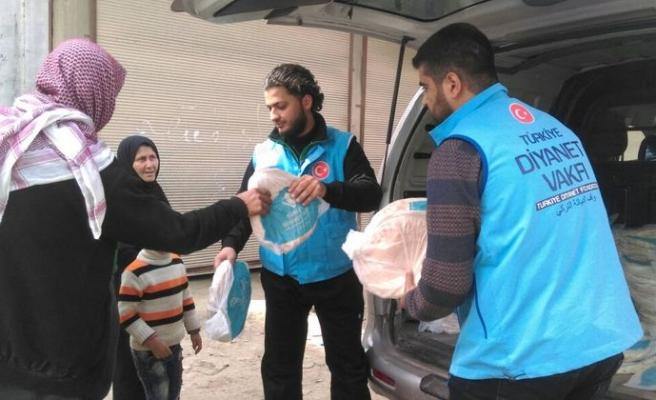 Diyanet Vakfı'ndan Afrinlilere yardım