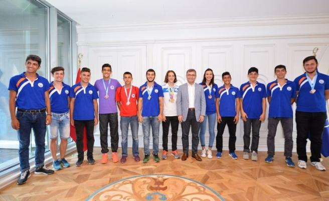 12. Uluslararası Özel Sporcular Atletizm Şenliği