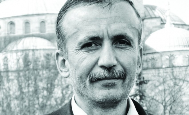 İkinci Yeni'nin Öncüsü Sezai Karakoç'tur