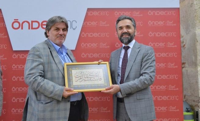 Batılılaştırma Projesi Sadece İslam Medeniyeti Üzerinde Başarılı Olamadı