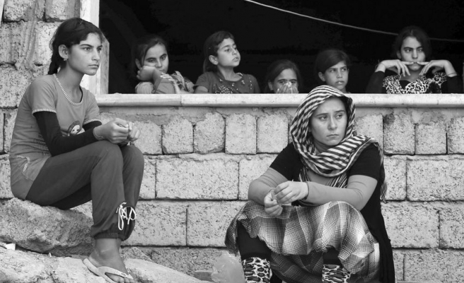 Batının Yeni Reklam Aracı Yezidi Kadınlar
