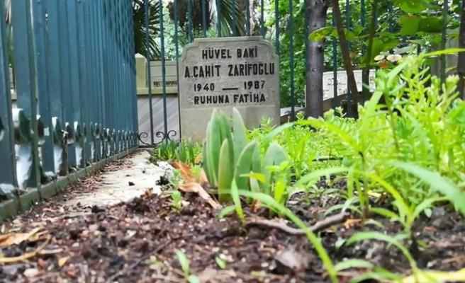 Cahit Zarifoğlu Küplüce'deki Mezarı Başında Anıldı