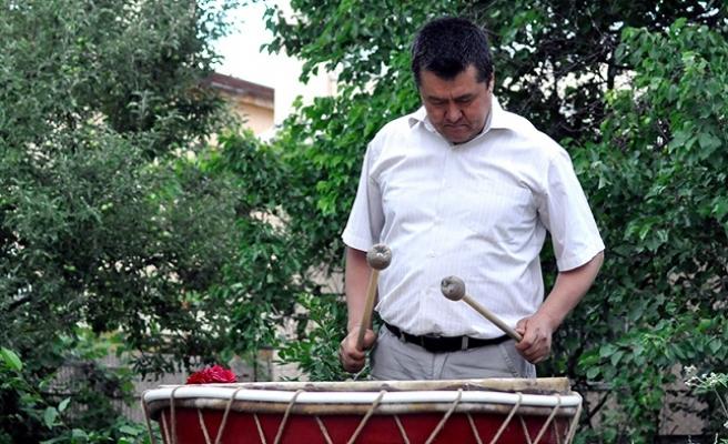 Kırgız Geleneksel Müzik Aletleri Yeniden Hayat Buluyor