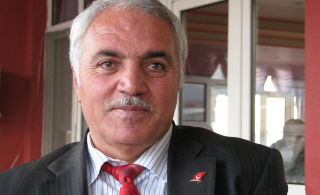 Mehmet Emin Ulu'ya Dikkat Edin