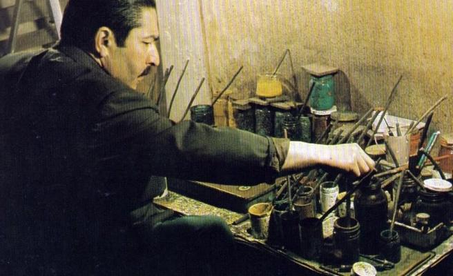 Mustafa Düzgünman ebruya âşıktı!