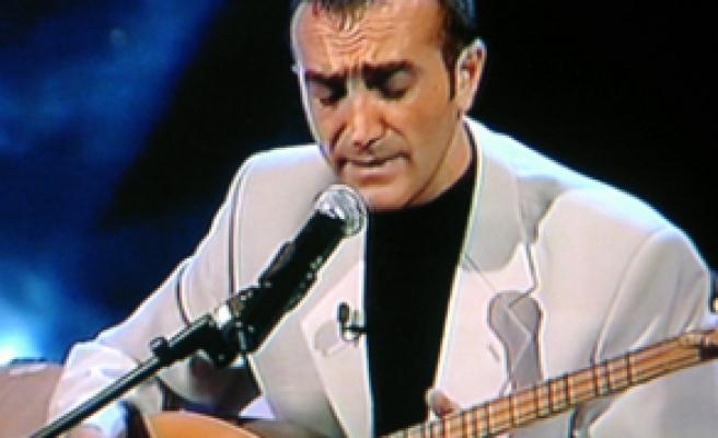 Cengiz Özkan'ı kimler dinlemez?