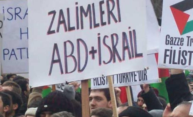 Türk halkı saldırıya uğradı