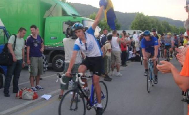 Srebrenica için pedal çevirdiler!