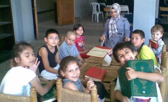 3 günde Kur'an'ı öğretiyorlar!