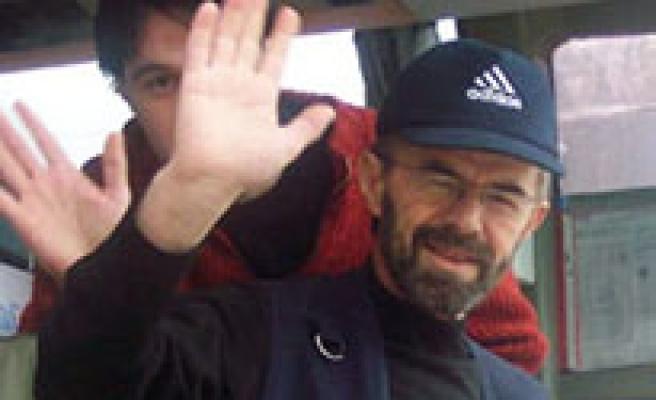 Ahmet Uluçay 'Bozkırda Deniz Kabuğu' Filmiyle Geri Geliyor