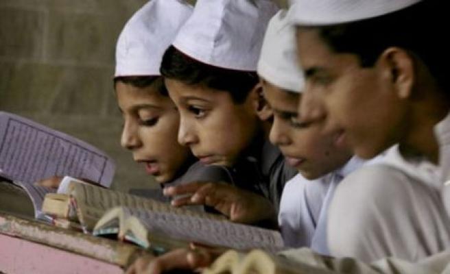 Kur'an kursunda ne öğretiliyor ki?