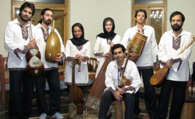 Bu şarkılar bizi İrancı yapacak!