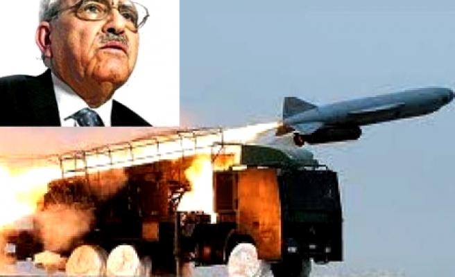 Karakoç füzelere ne dedi?