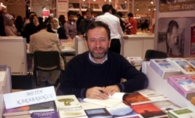 Metin Karabaşoğlu'ndan peşpeşe kitaplar
