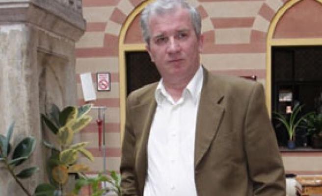 Latiç, Srebrenitsa'nın ağıtını yazmıştı
