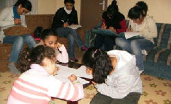 Liseliler Hadis dersine başladı!