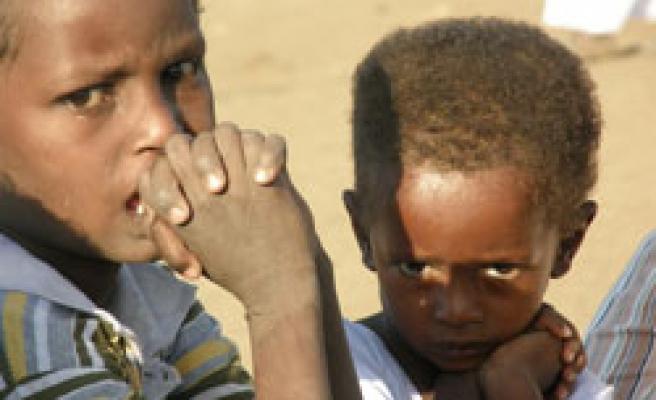 Afrika'dayız, güzel insanlarla!