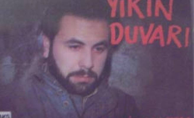 Arif Nazım'ın müziği başkaydı!
