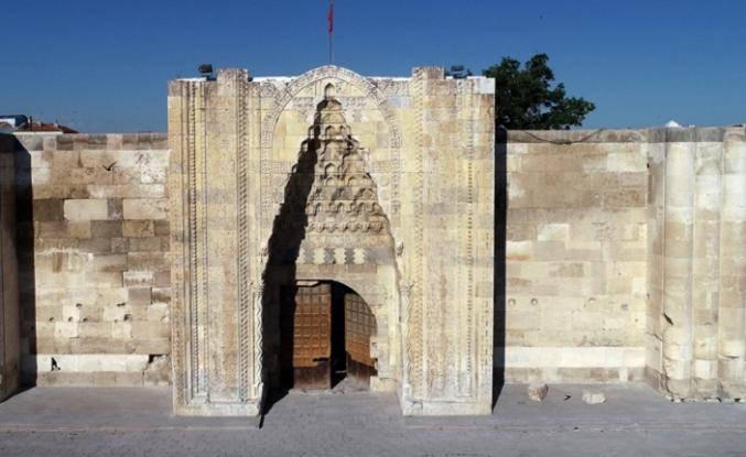Kervansaraylar Türk misafirperverliğinin simgesi