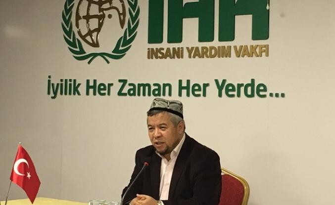 """""""Müslümanlar Doğu Türkistan'ın ikinci Endülüs olmasına seyirci mi kalacak!"""""""