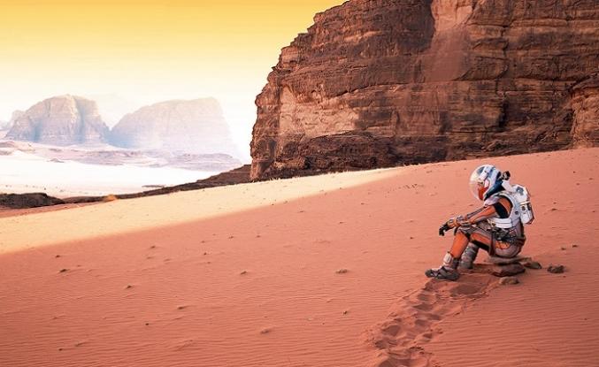 Mars'ta bir Robinson Crusoe: Marslı (2015)