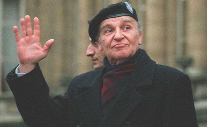 Aliya İzzetbegoviç'ten Tanrısız ahlâka eleştiri