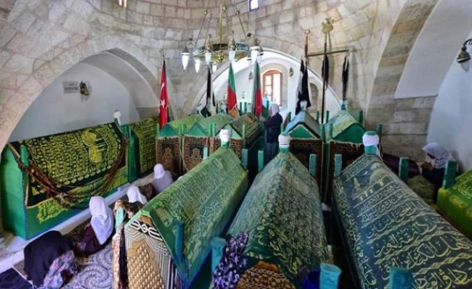 Yolcuların, gariplerin sığınağı olmuş bir makam: Ahmet Kusayri  Hazretleri Külliyesi