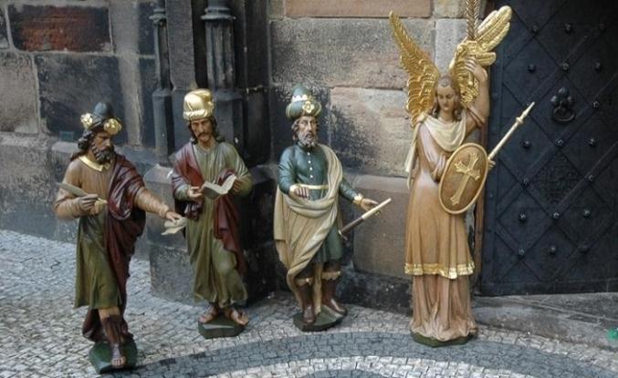 Prag'taki astronomik saatin beş Türk'ü